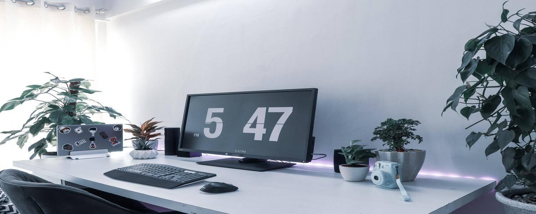 Homeoffice Arbeitsplatz für Erfolg während New Work und hybrider Arbeit, Homeoffice Richtlinie, Mitarbeiterbefragung Team-Building digital, Produktive Zusammenarbeit